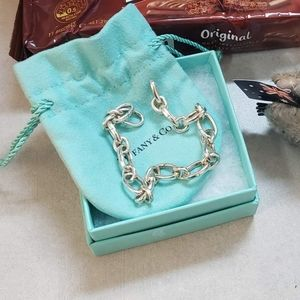 Tiffany & Co oval clasping link bracelet ONLY